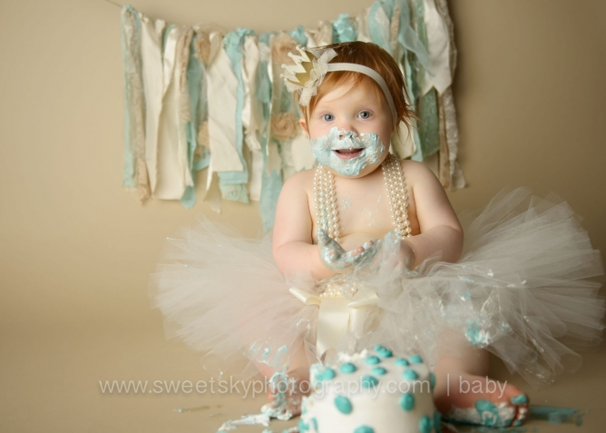 1st_Birthday_Cake_Smash